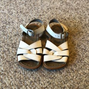 Salt Water White strappy leather sandals sz 7